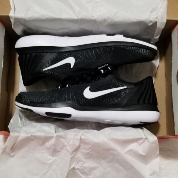 12a42e23d5a81 Nike® Women s Flex Supreme TR 5 training shoe